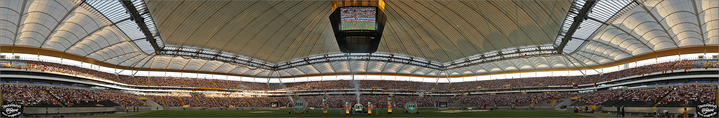 Panorama Frankfurt - Commerzbank Arena - p288 - (c) by Oliver Opper