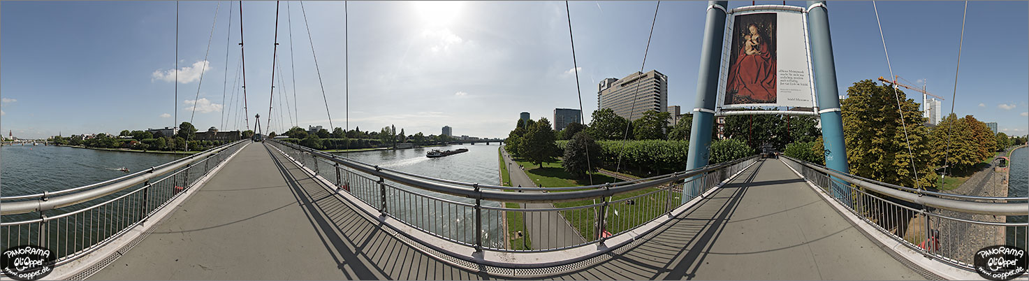 Panorama Frankfurt am Main - Holbeinsteg - p1125 - (c) by Oliver Opper