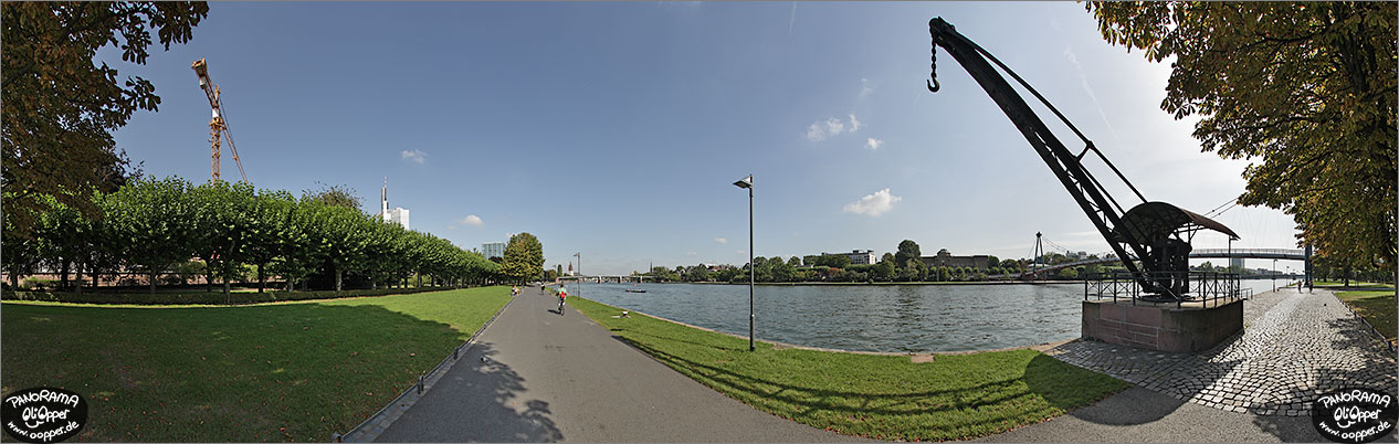 Panorama Frankfurt am Main - Mainufer - p1126 - (c) by Oliver Opper