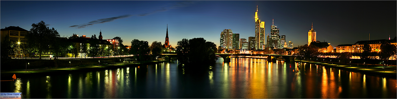 Panorama Frankfurt - Skyline - p040 - (c) by Oliver Opper