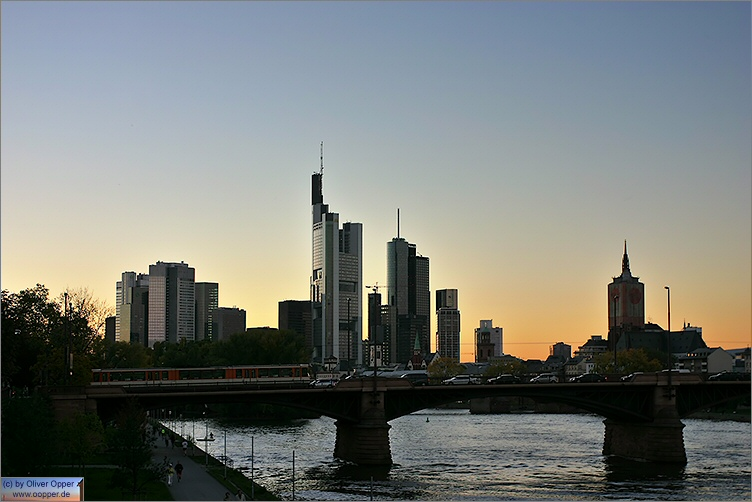 Frankfurt - Mainufer - (c) by Oliver Opper