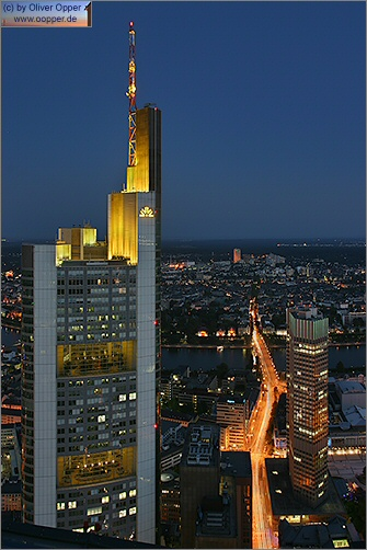 Frankfurt - Maintower - (c) by Oliver Opper