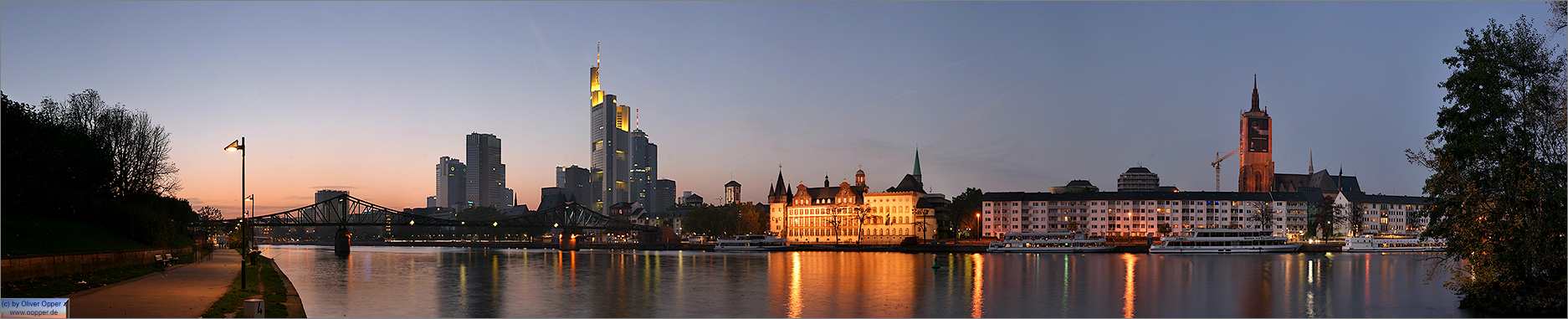 Panorama Frankfurt - Skyline - p081 - (c) by Oliver Opper